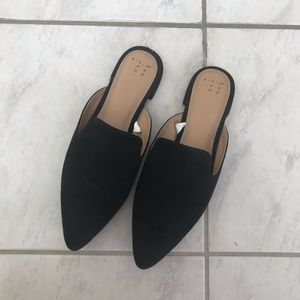 Black mules similar to Madewell gemma mules